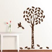 ruskea puu